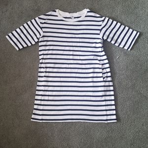Dress Navy Style